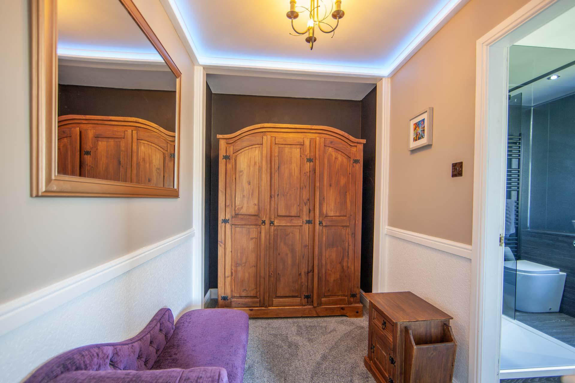 web-1Z6E9415 double suite